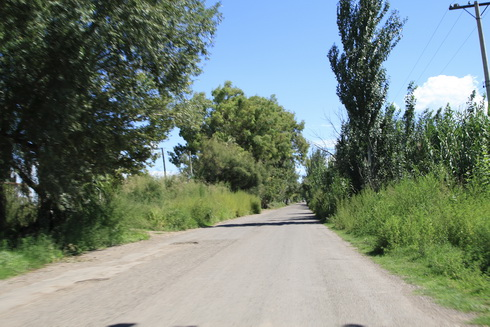 sur la route ça ressemble un peu à certains endroits de l'europe de l'est l'été