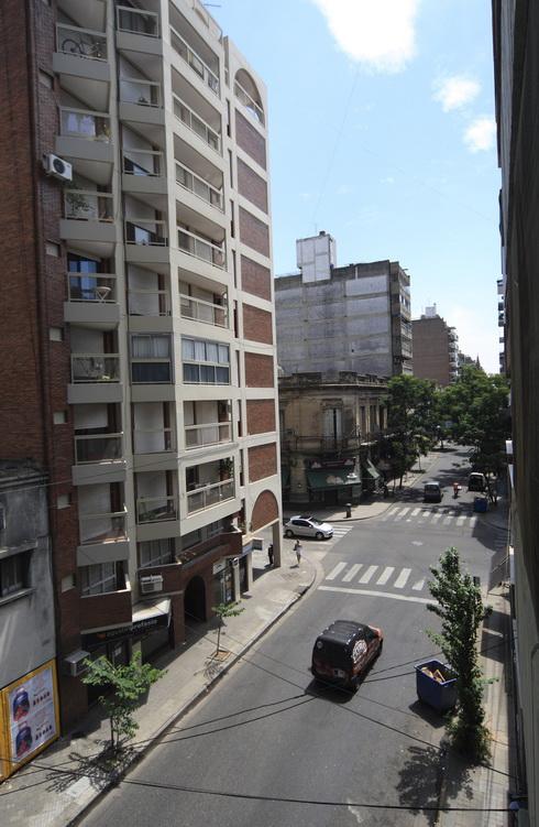 Vue sur l'avenue du Prédident Roca de l'appartement de Cécilia