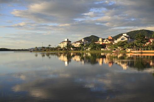 Lagoa de Conceicao à 6h30 du matin